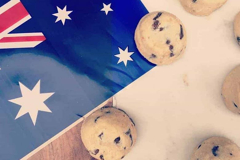 Byron Bay cookies with Australian flag (repost)